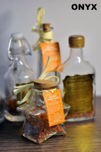 Butelki z bursztynem