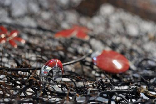 Biżuteria srebrna z koralowcem - dostępne są wisiory,kolczyki ,pierścionki oraz całe komplety
